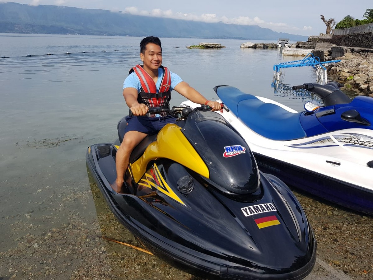 JetSki Danau Toba Cottage Yellow