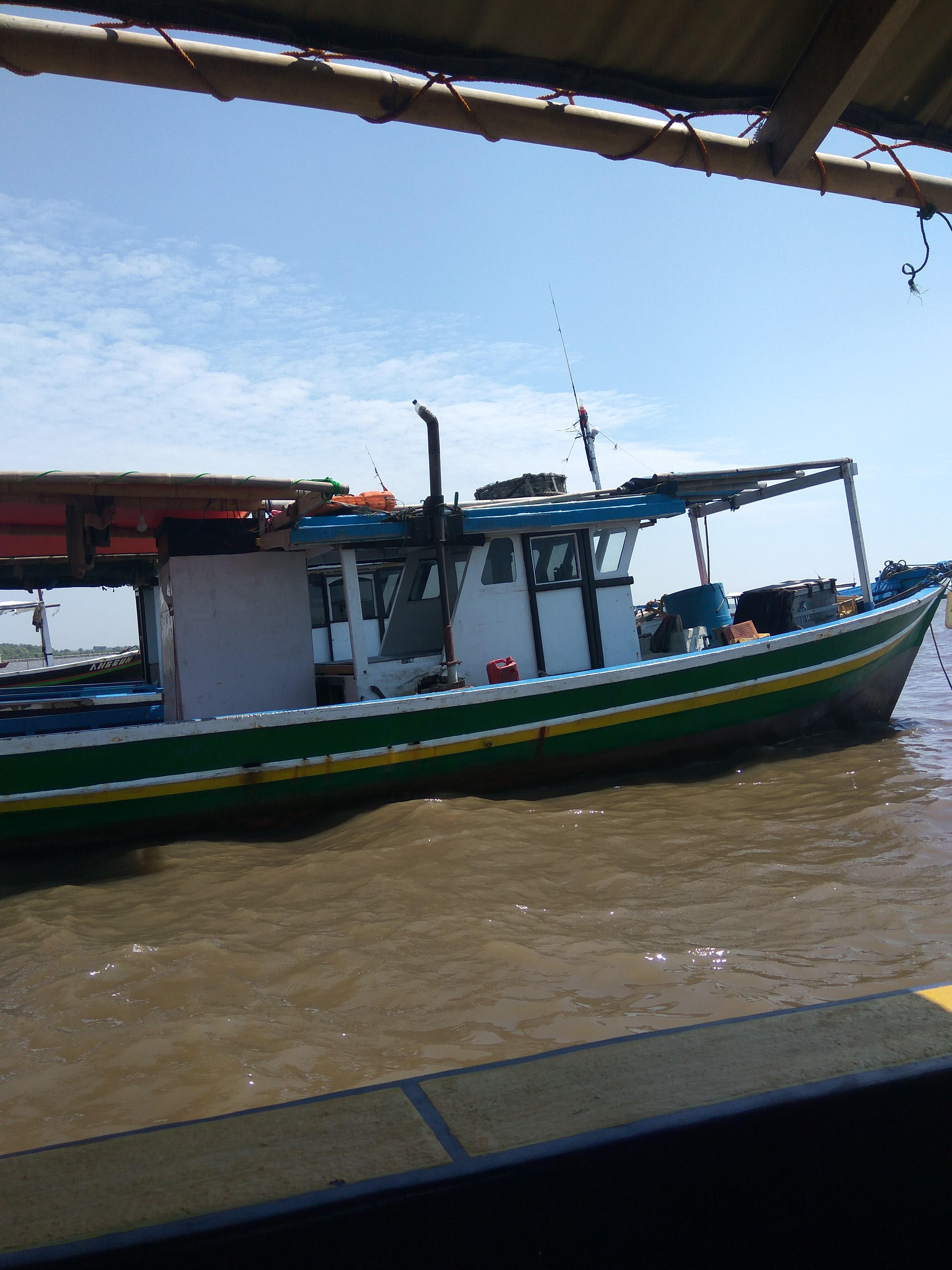 Sewa Kapal Pancing Haji Nayum