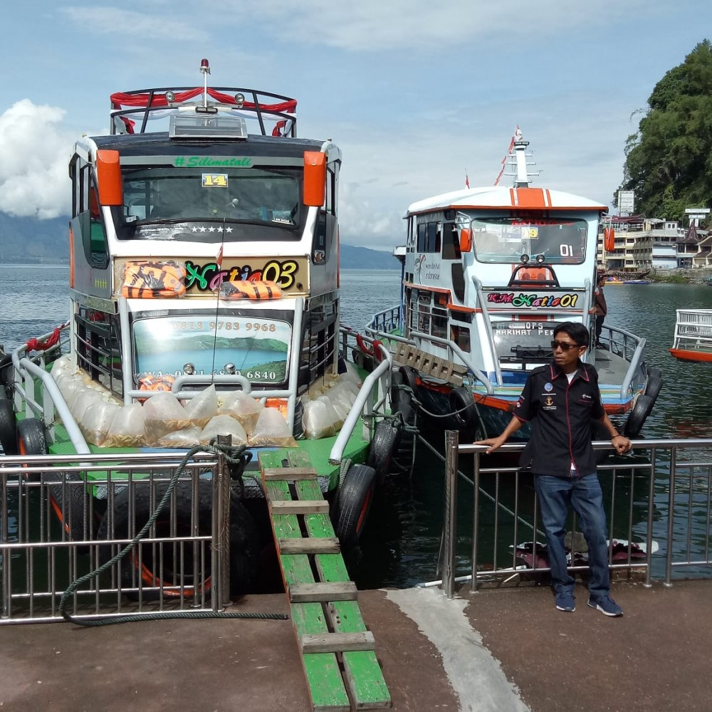 KM. Natio Tour Parapat - Tomok - Ambarita - Simanindo (Full Day)